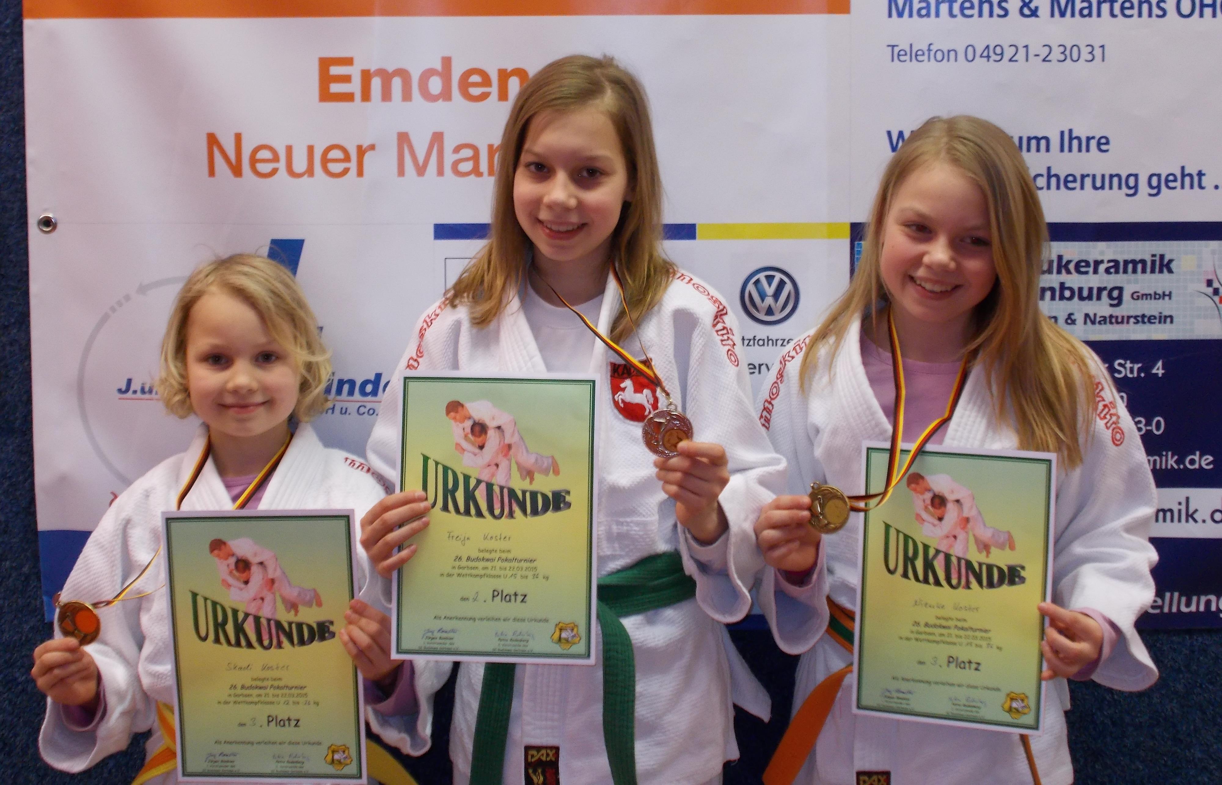 v.l.n.r: Skadi, Freija und Nienke Koster
